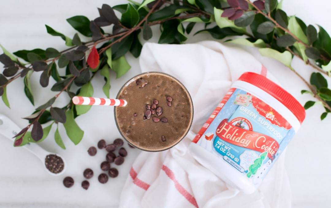 Chocolate Holiday Cookie Smoothie