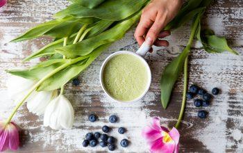 Beauty Elixir Blueberry Matcha Latte