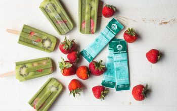The Detoxifying Strawberry Kiwi Popsicle Recipe You Need This Summer